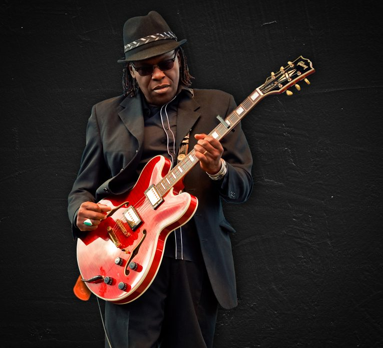 Interview, Joe Louis Walker, by Martine Ehrenclou, Rock and Blues Muse