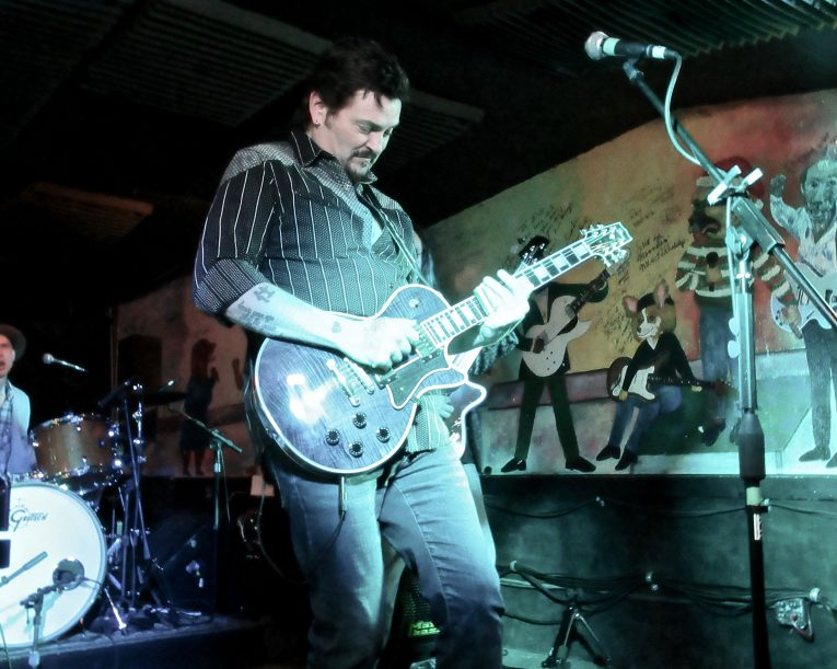 Concert Review, Mike Zito, Moondogs Pub, Rock and Blues Muse