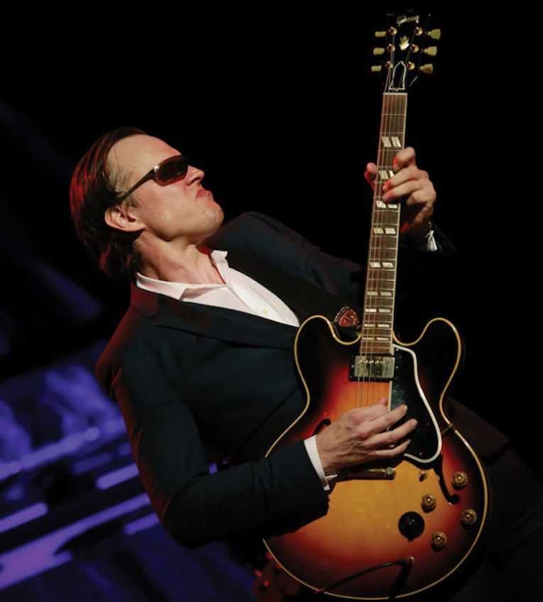 Self-Inflicted Wounds, Joe Bonamassa, Redemption, Rock and Blues Muse