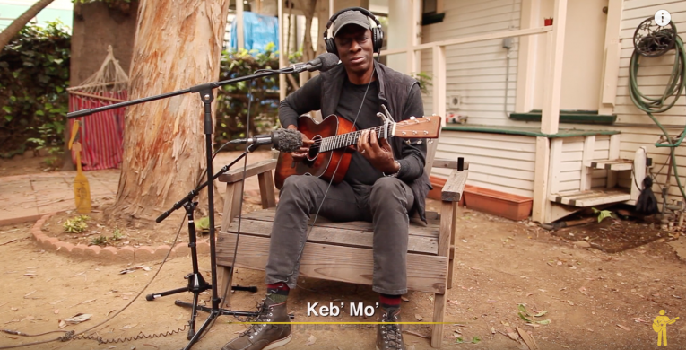 Playing For Change, Keb' Mo', Walking Blues, Robert Johnson', Rock and Blues Muse
