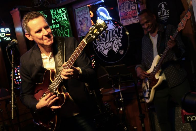 Guy King, contemporary bluesman, gig review, The Maui Sugar Mill, Martine Ehrenclou, Rock and Blues Muse