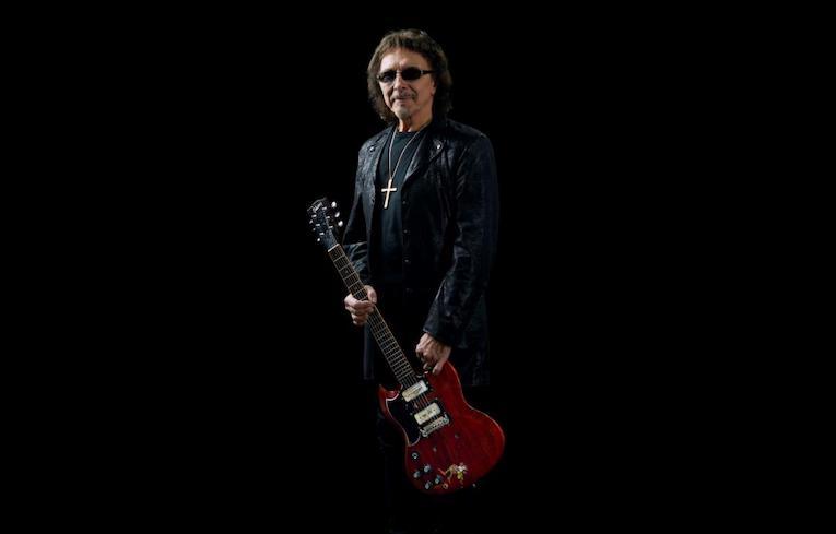 Tony Iommi 'Monkey 1964 SG Special Replica, Black Sabbath legendary guitar player, Interview Tony Iommi, Rock and Blues Muse
