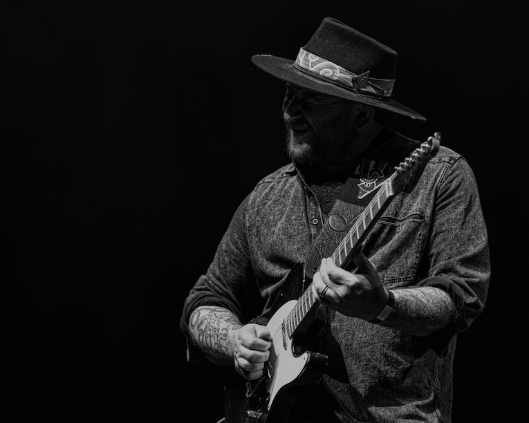 Josh Smith, blues guitar virtuoso, Interview, Martine Ehrenclou, Rock and Blues Muse