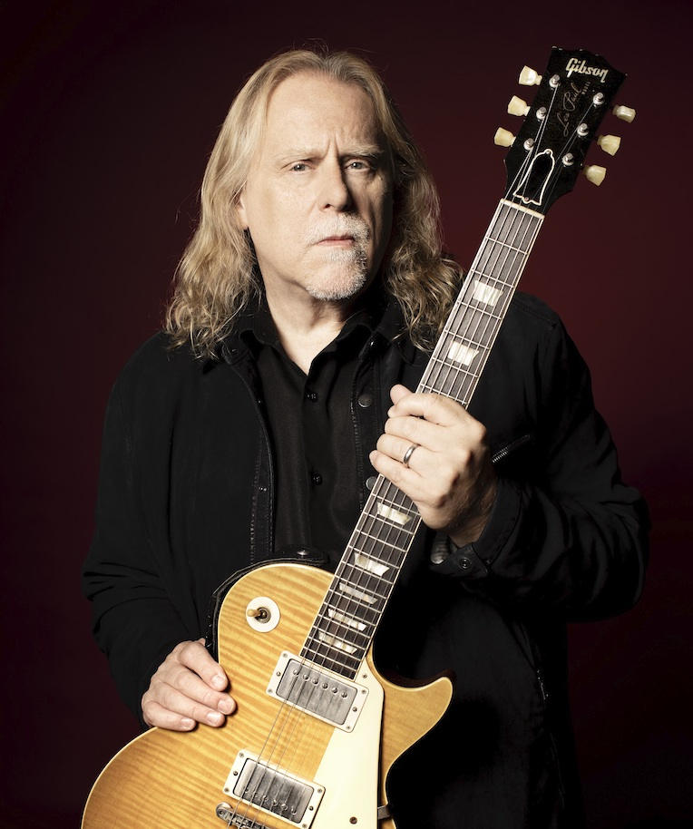 Warren Haynes Performance, Rolling Stone's In My Room, Gibson, June 25, Auction Gibson Les Paul '50s Standard Guitar Autographed by Warren Haynes, Rock and Blues Muse